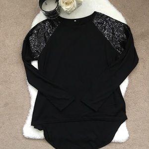 Black Long Sleeve Top!